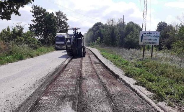 Днес – 21 юли, стартираха ремонтните дейности на 4,5 км