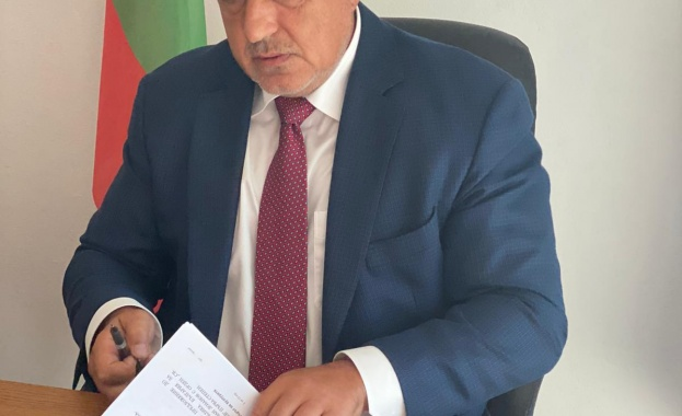 Кабинетът отпуска близо 2 млрд. лв. за социални и икономически мерки за справяне с кризата
