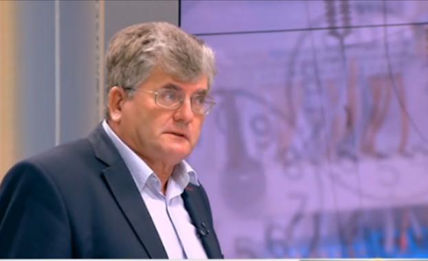Енергийният експерт Еленко Божков е третият обвиняем за спирането на