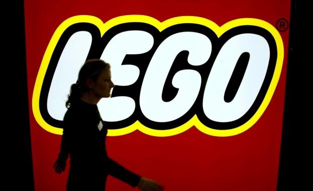 Датският производител на играчки Lego заяви, че е отменил пускането