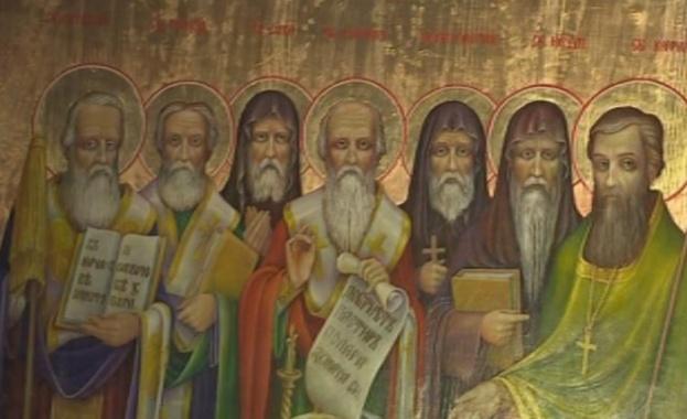 На 27-ми юли православните християни почитат паметта на светите Седмочисленици