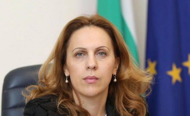 Марияна Николова ще проведе работни срещи с представителите на бизнеса от Черноморието