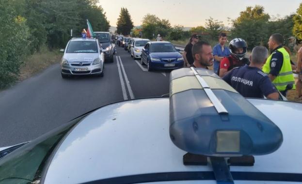 """МВР: Блокадата на """"Тракия"""" носи рискове и за протестиращите, и за участниците в движението"""