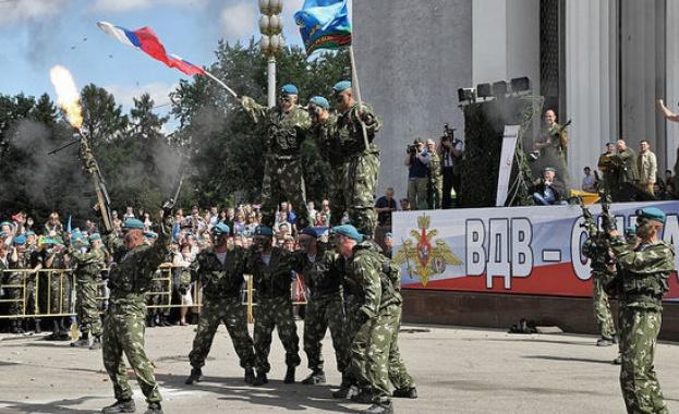 Военно-въздушните сили на Русия празнуват 90-та годишнина