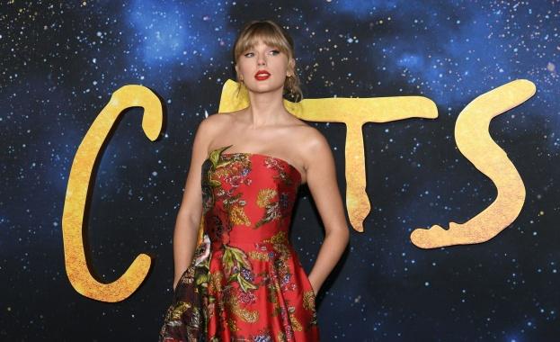 Певицата от САЩ Тейлър Суифт оглави за седми път в