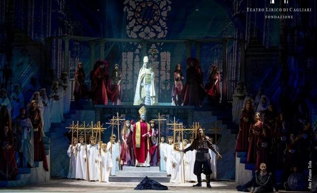 Държавната опера в Стара Загора направи своята дългоочаквана премиера на