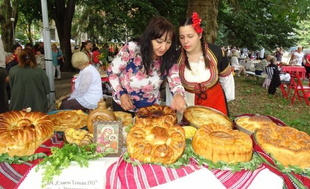 На Голяма Богородица в Кюстендил се провежда традиционното изложение на
