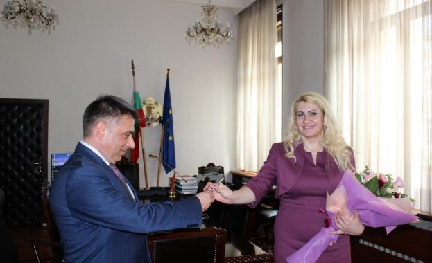 Данаил Кирилов връчи днес ключа от касата за държавния печат