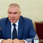 Може ли оцеляването на Борисов да струва един плаж за Марешки?
