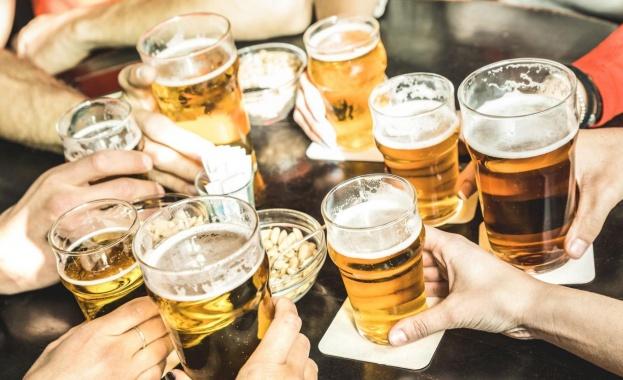 Учени: Дебелеем от пиене