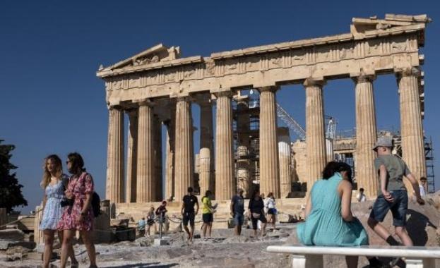 Туристическият сезон в Гърция е към своя край