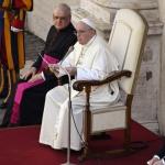 Папата ще отслужи литургия за Бъдни вечер при закрити врата
