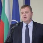 Каракачанов: Не е на дневен ред оставка на правителството