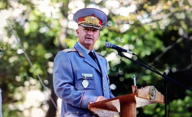 Мутафчийски на 129-годишнината на ВМА: Успяхме да останем единни и заедно