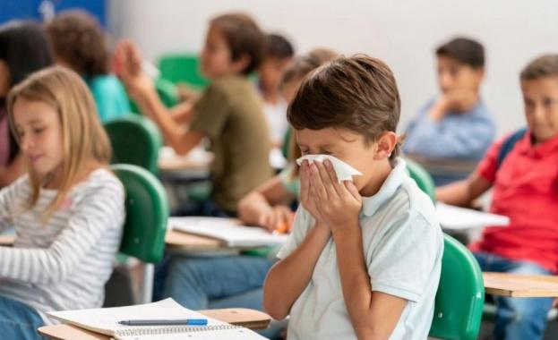 Очаква се МОН да обяви насоки за обучение в условия на пандемия