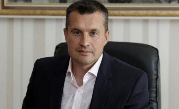 Калоян Методиев, началникът на кабинета на президента Радев, е е