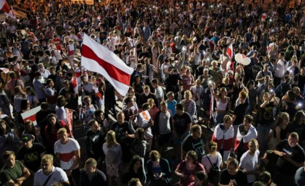 Поредна вечер на протести в Беларус срещу президента Александър Лукашенко.