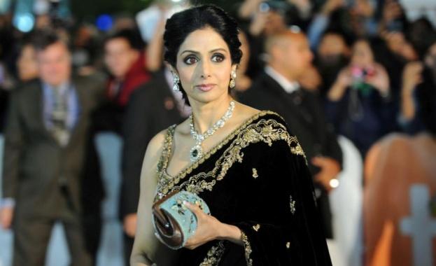 Три от най-популярните боливудски актриси бяха разпитани в събота по