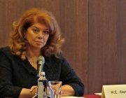 Илияна Йотова: Шест е за отличниците