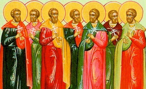 Св. свщмчк Парамон и 370 мъченици с него. Св. мчк Филумен. Преп. Акакий Синайски
