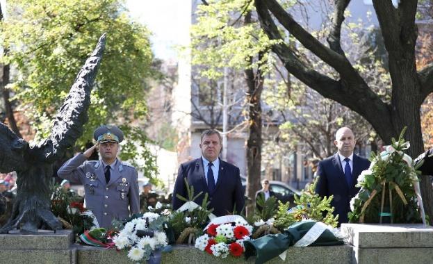 Министърът на отбраната Красимир Каракачанов: Ще продължат усилията за модернизирането на Специалните сили