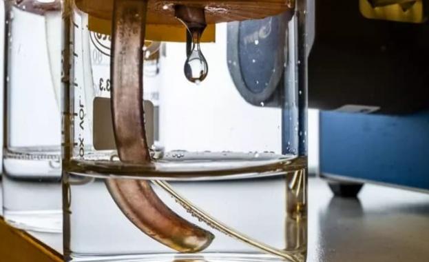Снимка: Учени създадоха първата батерия в света, която е изградена изцяло от органични материали