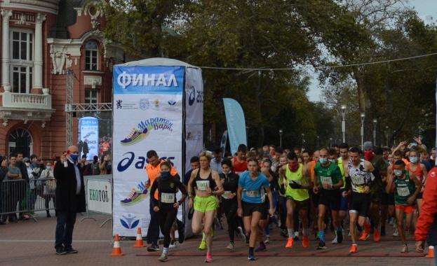 Дънкан Коеч и Ердал Тубай спечелиха маратона на София