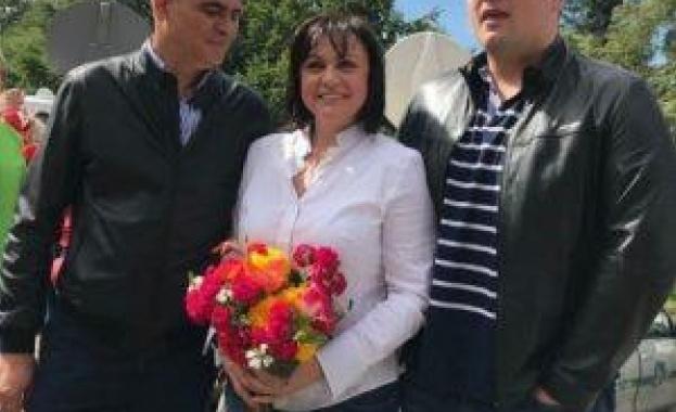 Корнелия Нинова поздрави всички за Деня на християнското семейство