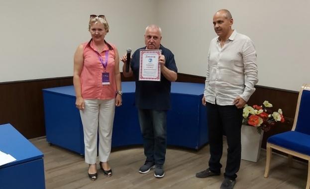 """Филмовият фестивал """"Любовта е лудост"""" бе отличен с грамота на Представителството на Россътрудничество в България"""