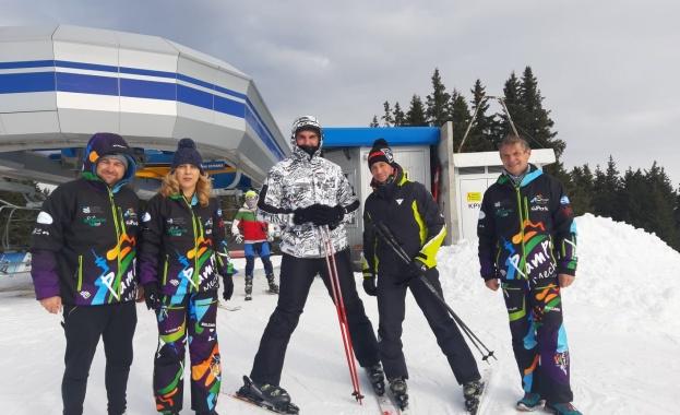 Вицепремиерът и министър на туризма Марияна Николова провери места за