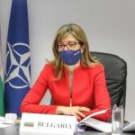 Екатерина Захариева: Напрежение за ваксини има в доста европейски страни