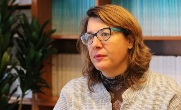 Весела Чернева: Американците искат стабилна демокрация, а Тръмп е заплаха за нея