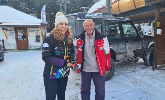 Преди инспекцията на ски зоната на Мечи чал най-възрастният практикуващ