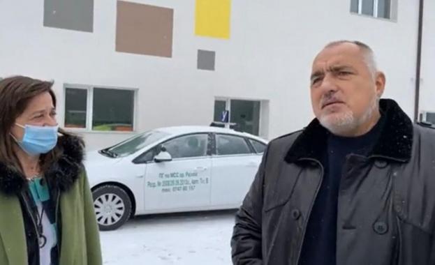 Премиерът Бойко Борисов отново тръгна на инспекция с джипа. Той