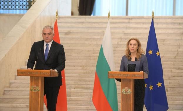 Важно е с общи усилия да привличаме туристи на Балканите,