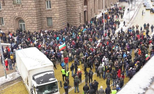 Туроператори ще протестират на 2 март пред МС