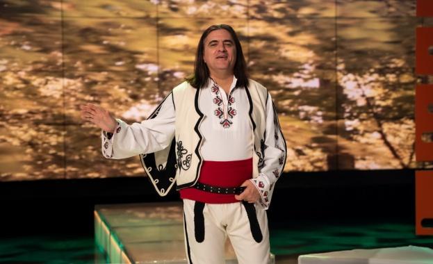 Певецът ще зарадва зрителите с мелодични песни и разказ за
