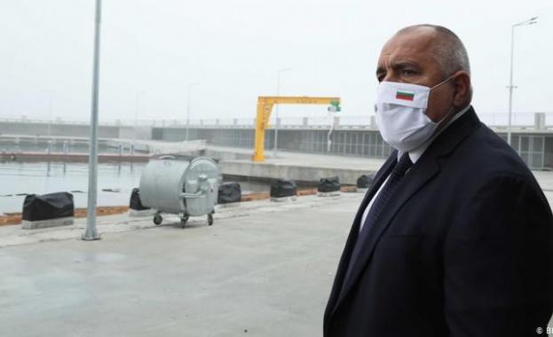 Премиерът Бойко Борисов все по-рядко дава интервюта, а заставането му