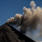 Вулканът Пакая в Гватемала се активизира за втори път в рамките на три дни