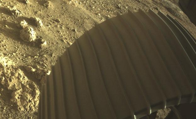 """Марсоходът """"Пърсивиърънс"""" е взел втора скална проба от Марс"""
