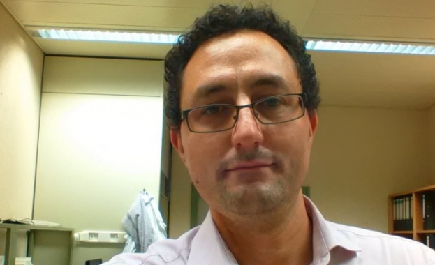 Д-р Аспарух Илиев: Рискът от COVID е по-голям, отколкото от страничните ефекти от ваксинацията
