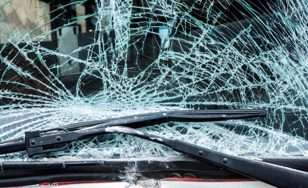 Катастрофа затруднява трафика по АМ Тракия