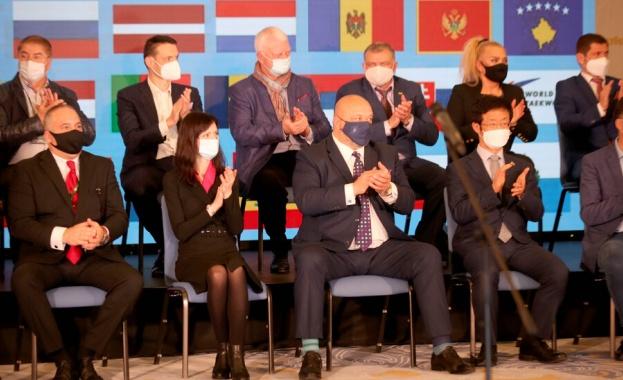 В надпреварата участват над 500 състезатели Министърът на младежта и