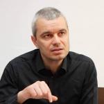 Костадин Костадинов от Възраждане : Няма нищо страшно в служебен кабинет