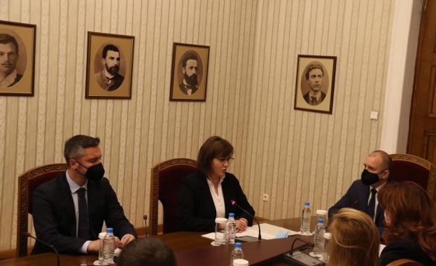 Корнелия Нинова: И пред президента потвърдихме принципните си позиции