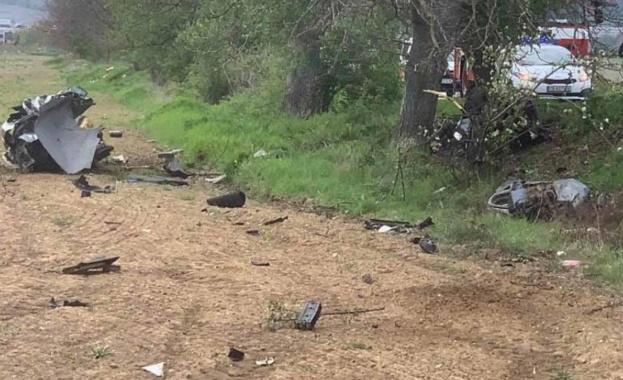 Шофьор загина при жестока катастрофа в покрайнините на Благоевград, съобщиха