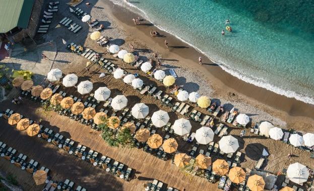 Турция се надява да започне официално туристическия сезон от 1