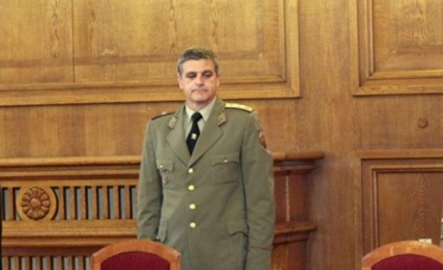 Стефан Динчев Янев е български офицер, бригаден генерал, служебен вицепремиер