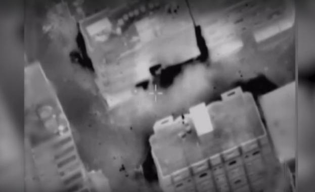 Израелски въздушен удар разруши 11-етажна сграда в град Газа, в