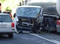 Пиян шофьор предизвика тежка верижна катастрофа в Кресненското дефиле